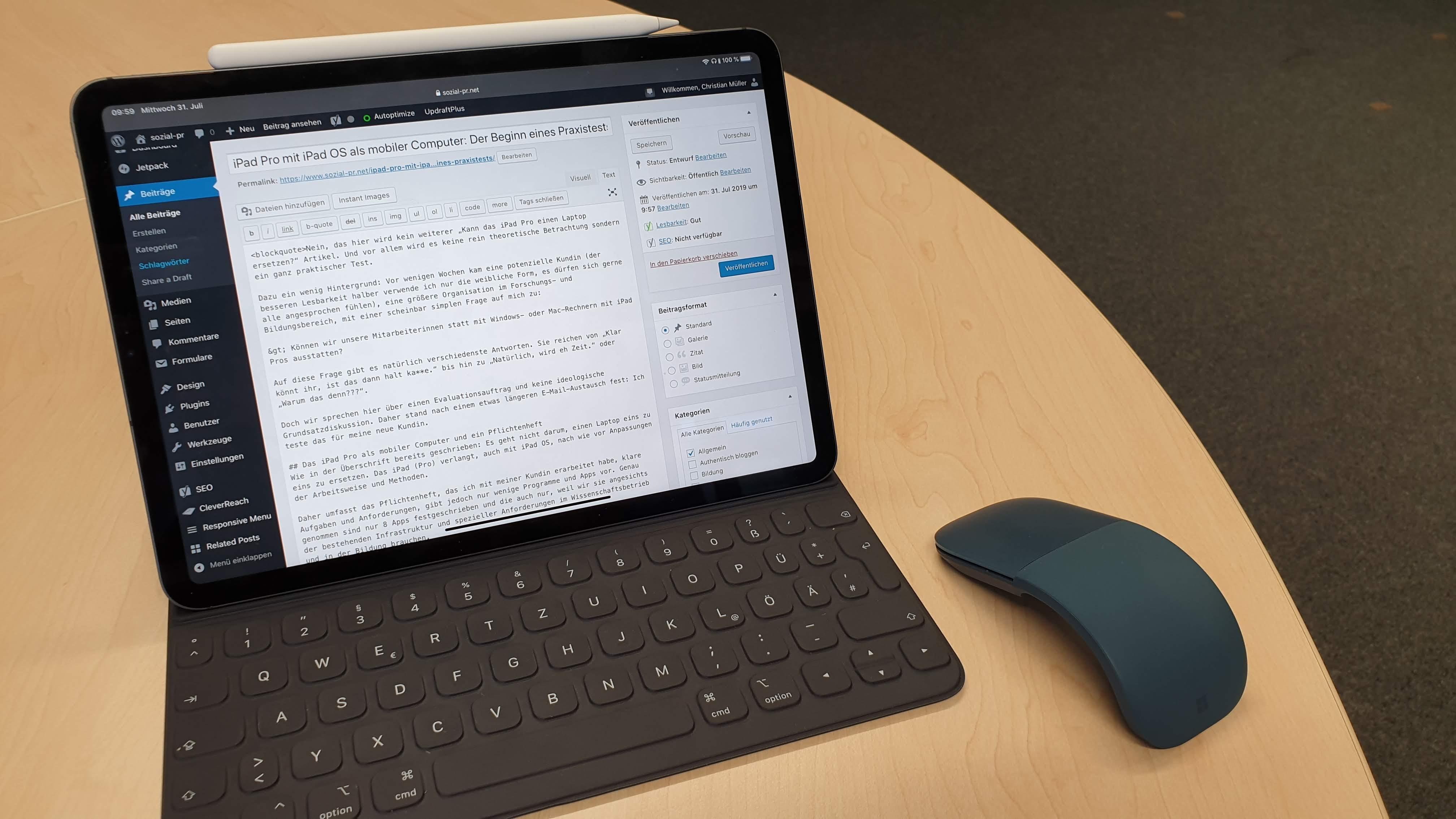 iPad Pro mit iPad OS und Maus